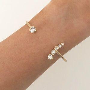 New York & Co gold floating rhinestone bracelet